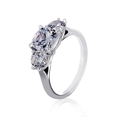 ORRO Princess Meghan Ring in 18K White Gold