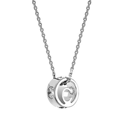 The ORRO Colette Initials Pendent (Brilliance) in 18K Yellow Gold